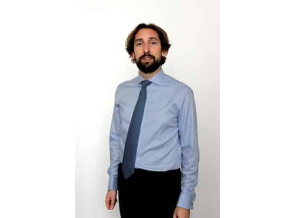 Chemise col italien, chemise poignets manchette, chemise poignets mousquetaire, chemise boutons de manchette, chemise sur mesure, paris, boutique, Clotilde Ranno