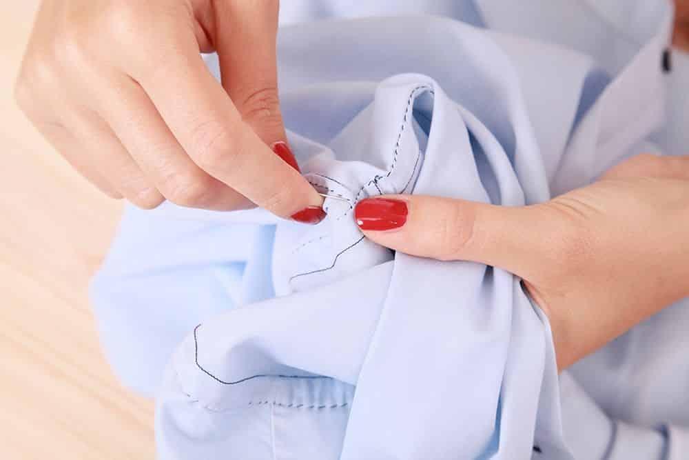 chemise homme, chemises, cousu main, fait main, comment choisir une chemise sur mesure, chemise luxe, haute couture, chemise sur mesure luxe, chemise luxueuse, chemise sur mesure luxueuse, chemise cousu main, chemise fait main, chemise artisanale