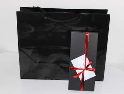 boutique chemises sur mesure, coffret cadeau homme, Coffret cadeau chemise sur mesure ,Clotilde Ranno, offrir une chemise sur mesure, chemise homme, chemise femme, chemise sur mesure homme, chemise sur mesure femme, chemise sur mesure paris, chemise luxe