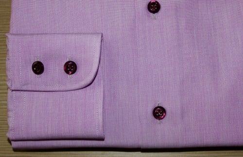 Chemise sur mesure, chemise homme, chemise bas droit, chemise sans gorge, chemise poignet double boutonnage, chemise col pointes arrondies, chemise violette