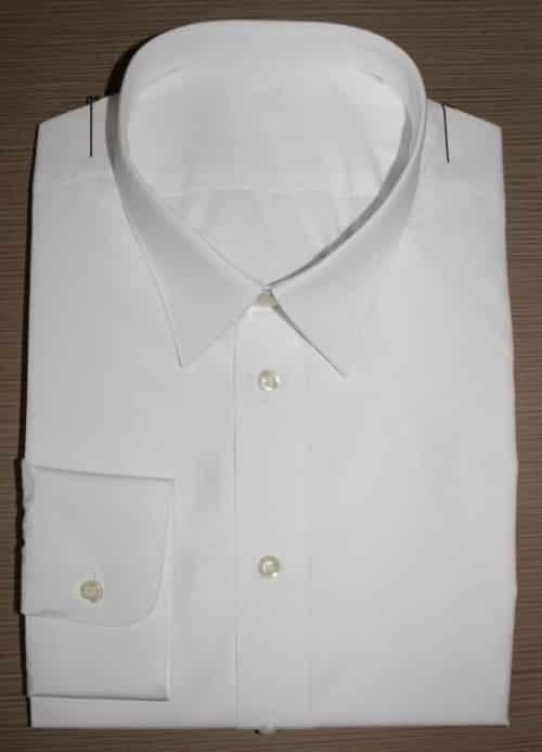 chemise sur mesure luxe , chemise blanche, chemise luxe, chemise col classique, chemise poignets simples, chemise ajustée, chemise en coton