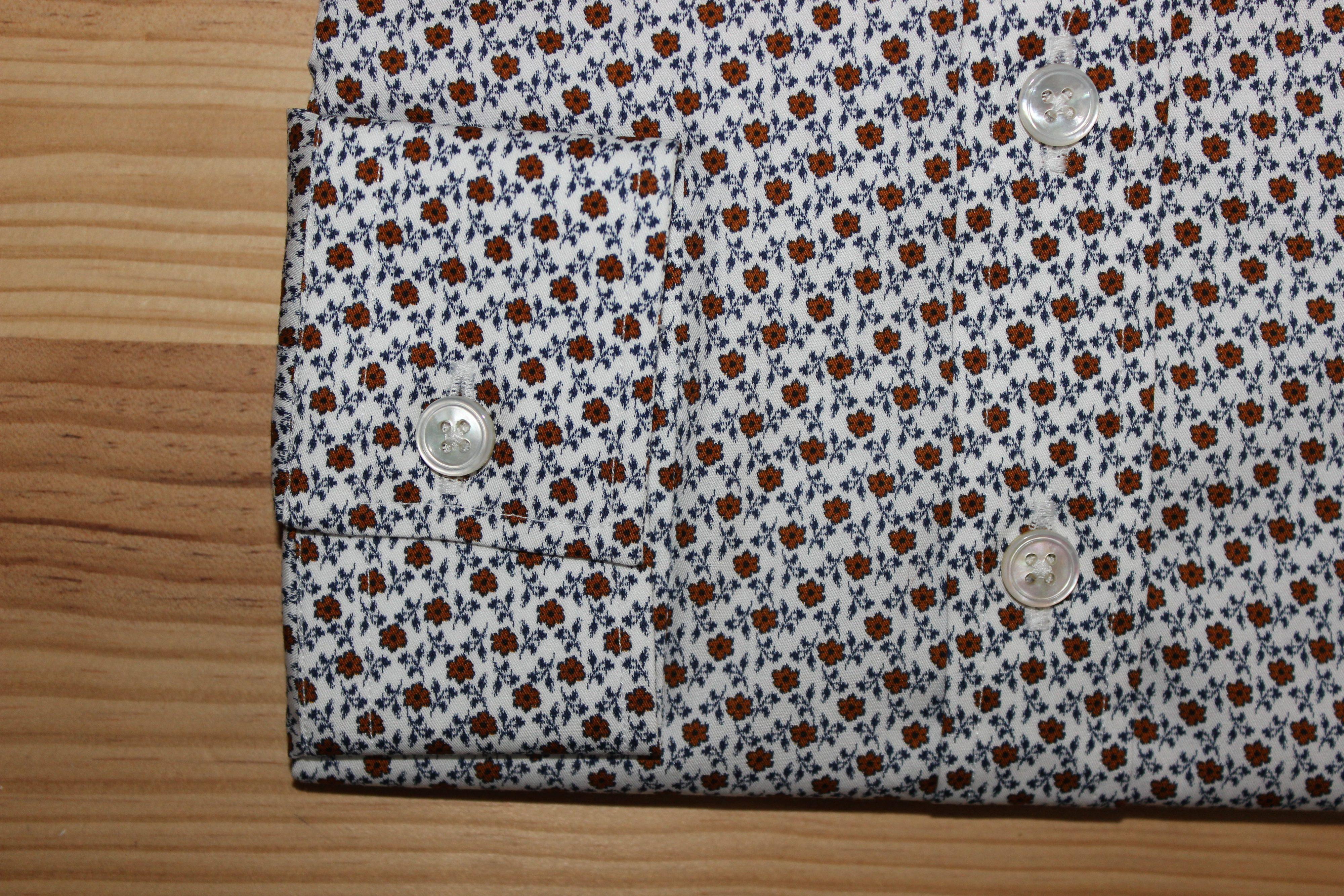 chemise sur mesure à fleurs , chemise à fleurs