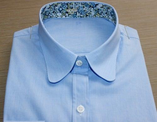 Chemise femme sur mesure , chemise bas liquette, chemise col rond, chemise coupe droite, chemise femme, chemise gorge surpiquée, chemise Liberty, chemise poignets napolitain