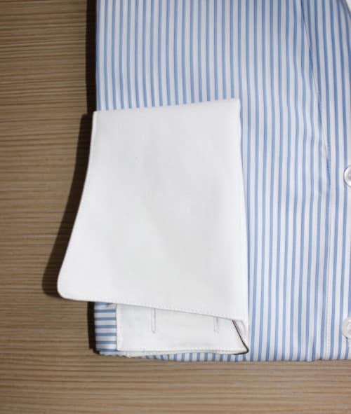 chemise rayée bleue, chemise à rayures, chemise bas liquette, chemise bleue, chemise col lady, chemise femme, chemise gorge cachée, chemise poignets incruvés, chemisier cintré, chemise coton, chemise simple retors