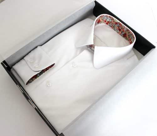chemise homme blanche , chemise luxe, chemise blanche, chemise coton, chemise homme, chemise col et poignet en opposition, chemise col pointes arrondies, chemise poignet double boutonnage, chemise sans gorge, chemise bas liquette