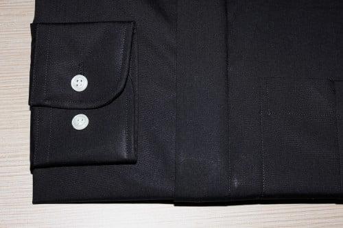 chemise noire non iron , chemise bas liquette, chemise col boutonné, chemise gorge cachée, Chemise luxe, chemise noire, chemise non iron, chemise poignets ajustables, chemise coton