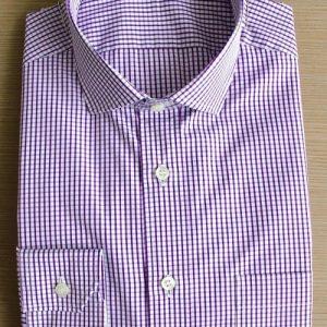 chemise sur mesure violette , chemise à carreaux , chemise bas liquette , chemise col italien ouvert , chemise gorge surpiquée , chemise homme, Chemise luxe, chemise poignets simples, chemise thomas mason