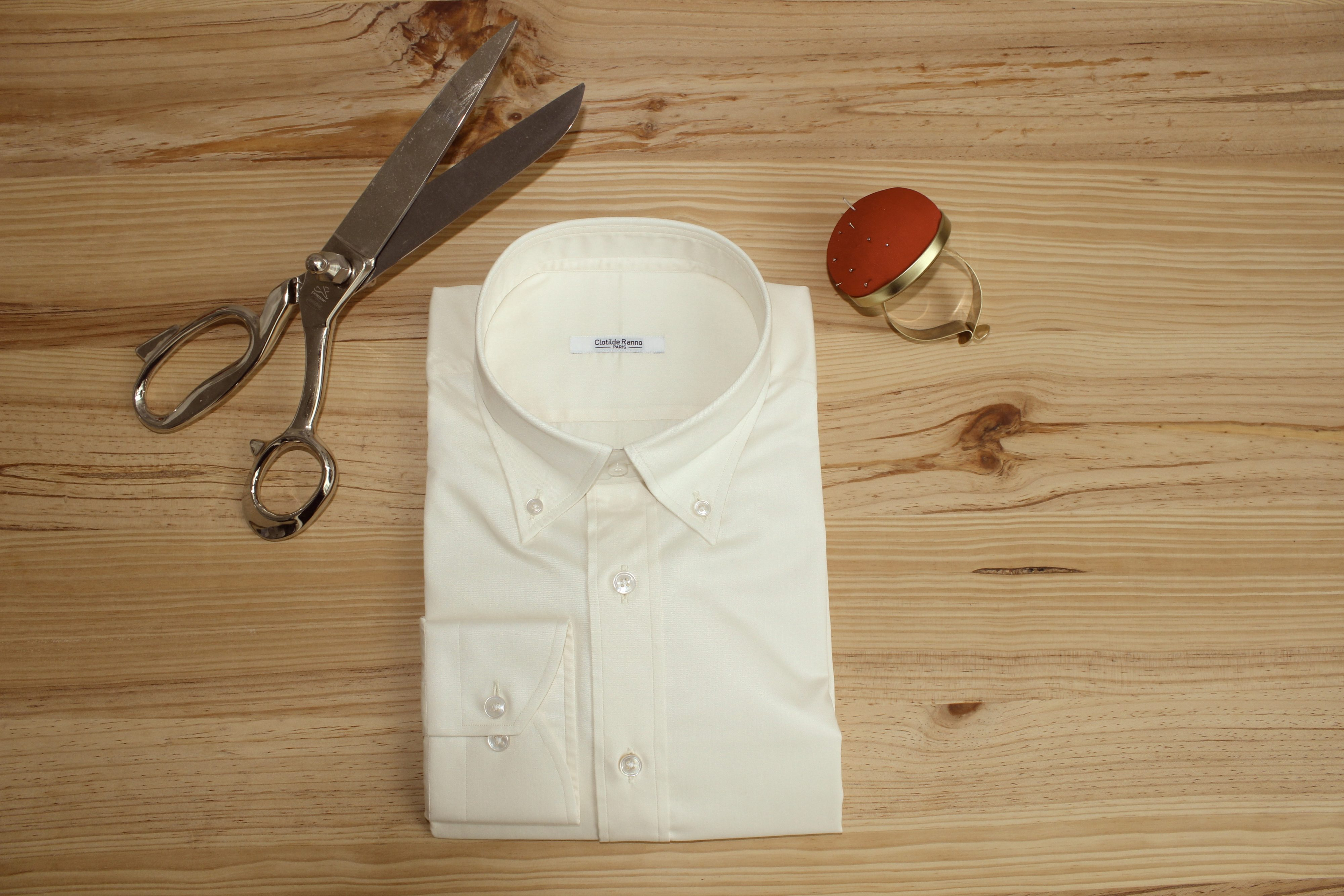 chemise sur mesure beige non iron , chemise beige sur mesure , chemise beige non iron , chemise sur mesure non iron