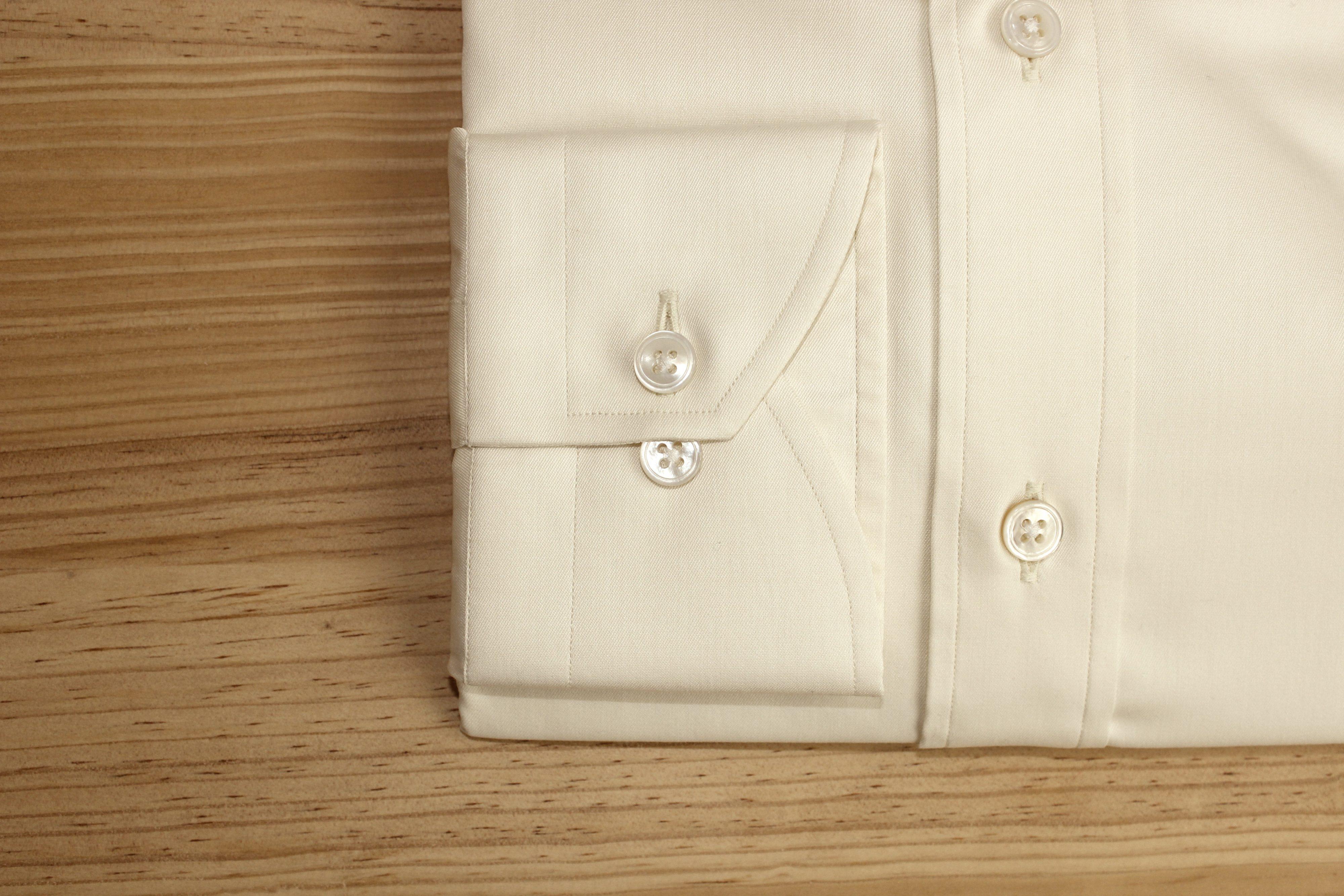 chemise sur mesure beige non iron , chemise sur mesure beige , chemise beige non iron , chemise sur mesure non iron