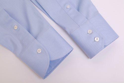 poignet chemise, chemise sur mesure, poignet sur mesure, choix poignet, poignet arrondi, chemise poignet arrondi, chemise poignet rond, chemise bleue, chemise luxe, chemise homme, chemise, chemises, achat chemise, clotilde ranno