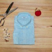 La chemise en lin sur mesure : la solution pour un été chic et décontracté