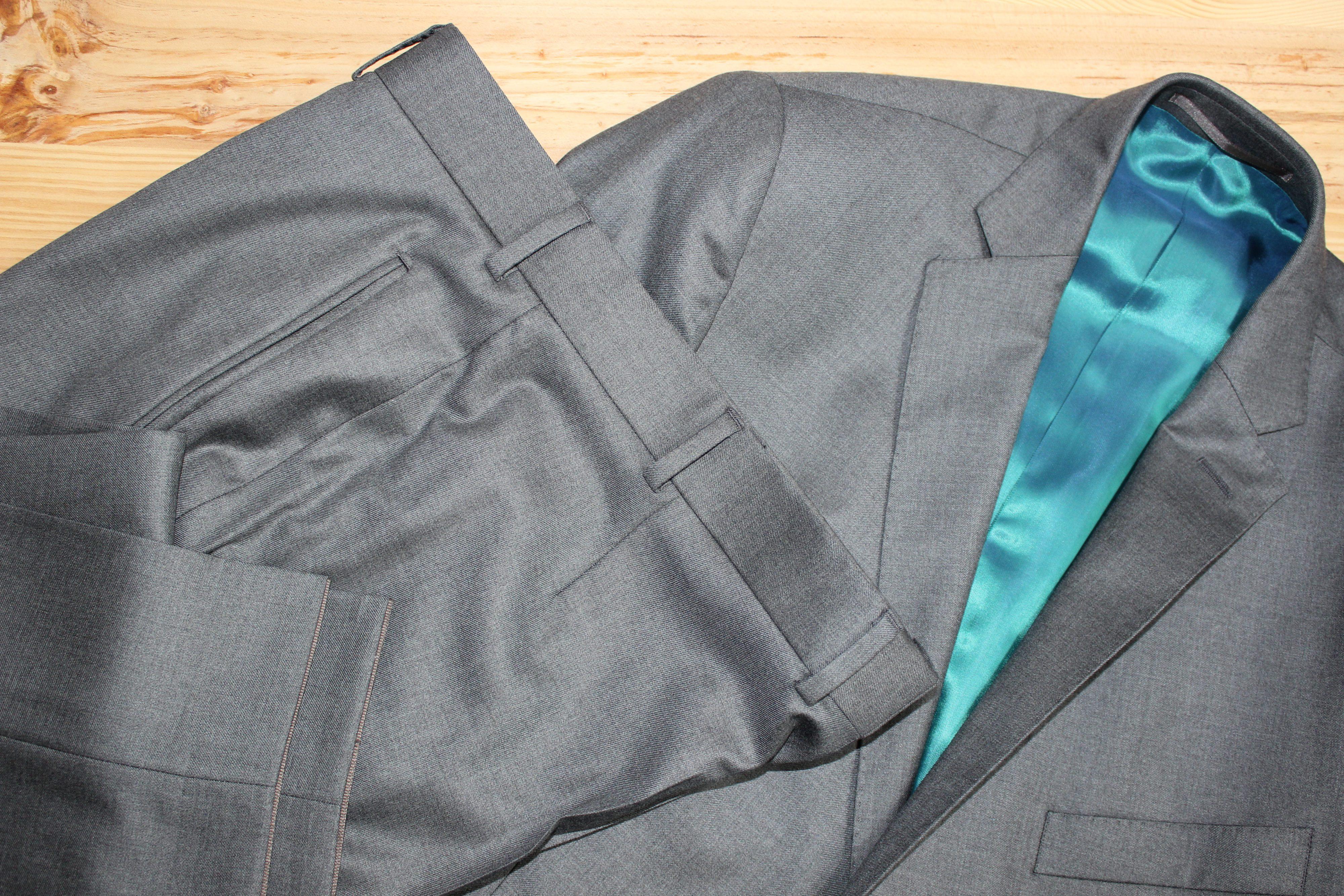 costume gris sur mesure , costume gris , costume sur mesure