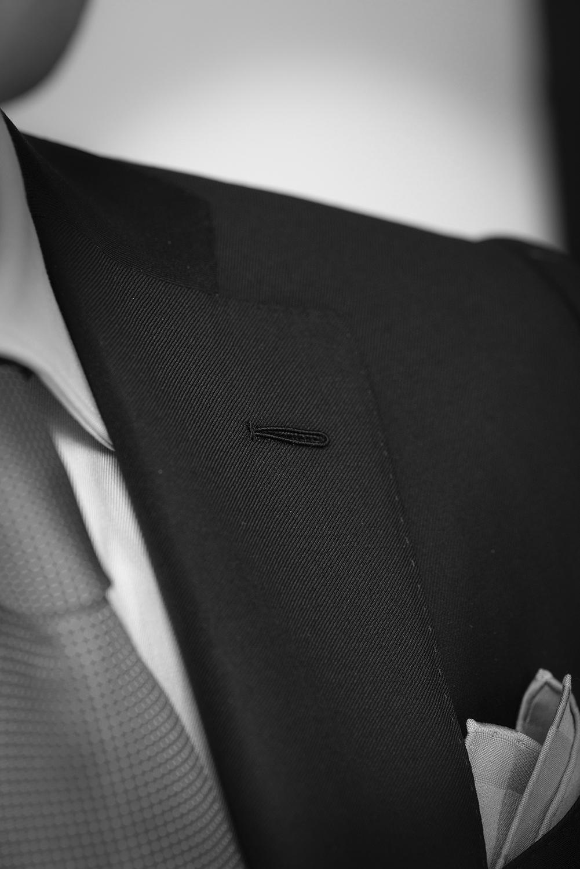 milanaise main, costume gris sur mesure, costume gris anthracite, costume full canvas