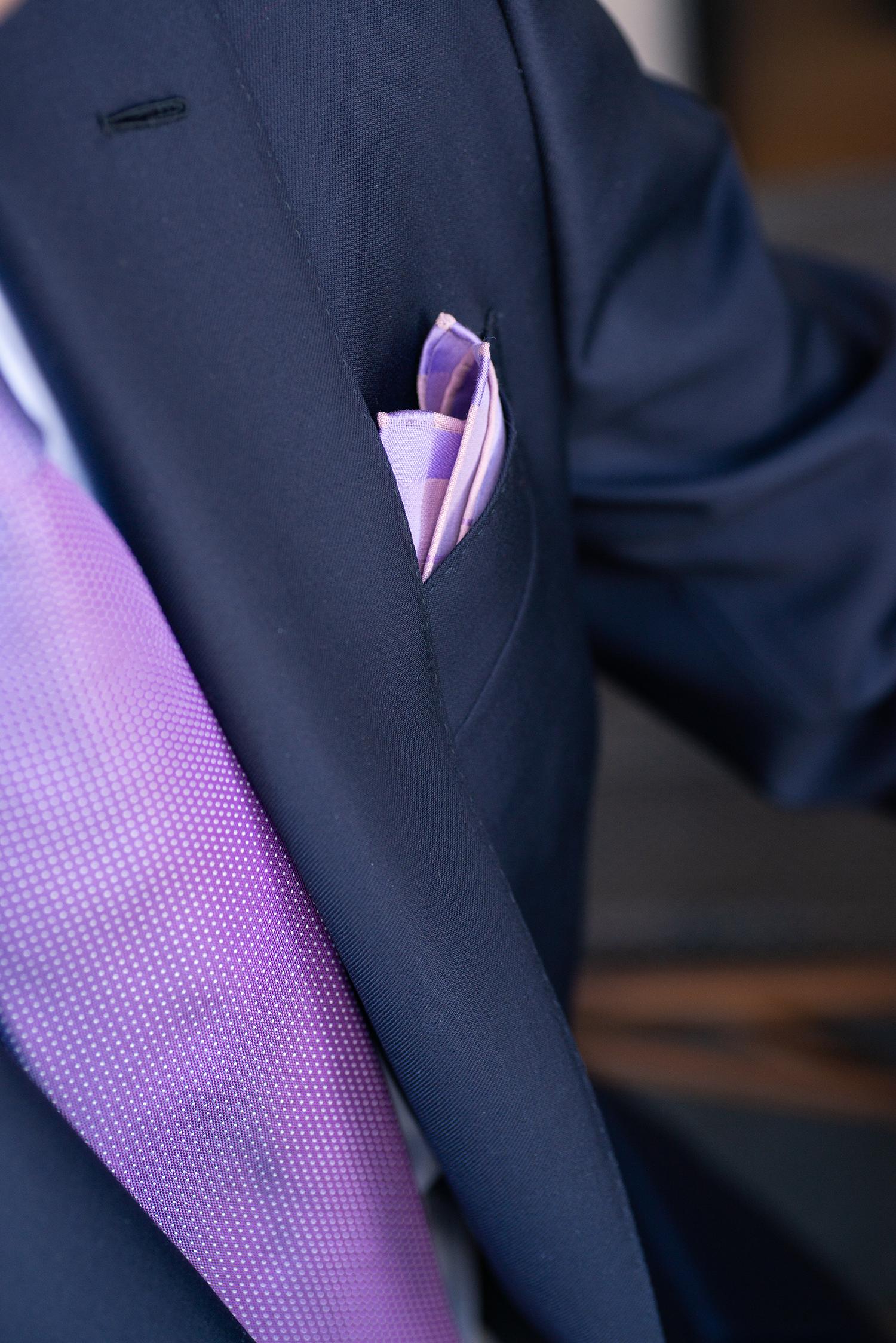revers cousu au petit point, costume sur mesure, costume bleu sur mesure, costume sur mesure paris, costume sur mesure homme