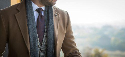technique du layering, outfit hiver homme, outfit, hiver, homme, manteau, cravate, chemise, atelier clotilde ranno, clotilde ranno, manteau sur mesure