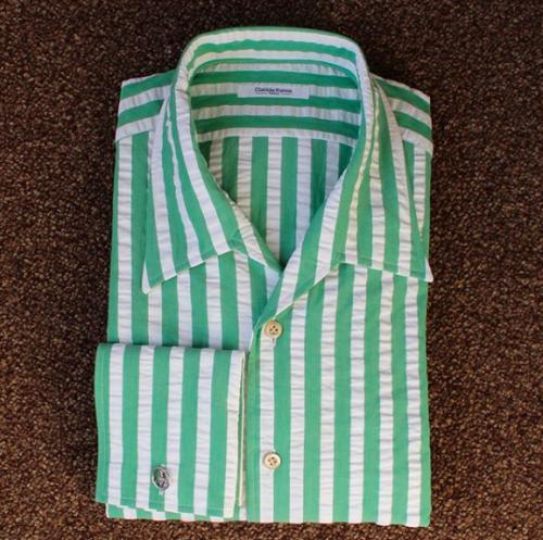 chemise seersucker, chemise sur mesure en seersucker, chemise sur mesure, chemise homme sur mesure, atelier clotilde ranno, clotilde ranno, chemise verte, chemise homme